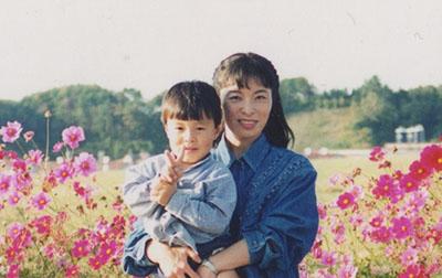 写真、コスモス、息子と一緒